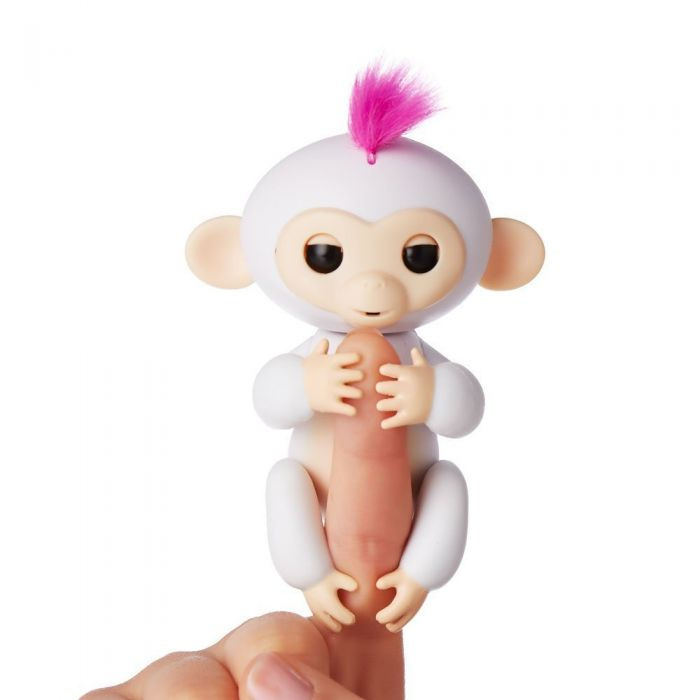Интерактивная ручная обезьянка Fingerlings Monkey Sophie София 3702A