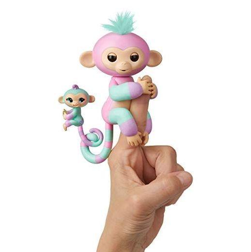 Интерактивная обезьянка с малышом Fingerlings Baby Monkey Pink