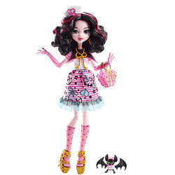Монстер Хай Кукла Дракулаура и питомец Пиратская авантюра Monster High DTV88/90