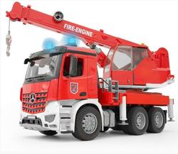 Брудер Пожарная машина Автокран MB Arocs с модулем свет,звук 03-675