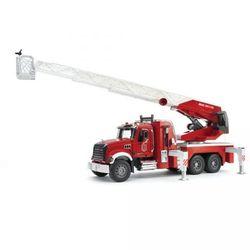 BRUDER Пожарная машина MACK с выдвижной лестницей и помпой 02-821
