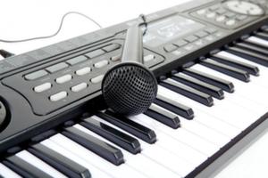 Синтезаторы детские (электронное пианино)